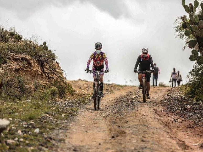 Clínica de ciclismo de Montañana avanzado