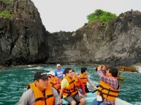 Boat tour and rappel in Roca Partida Catemaco