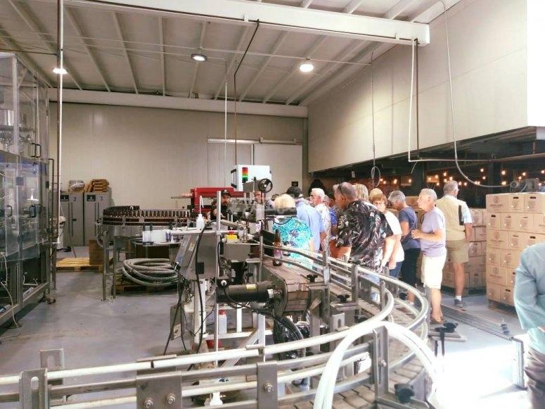 Recorre la fabrica de cervezas artesanales y prende del proceso de elaboración