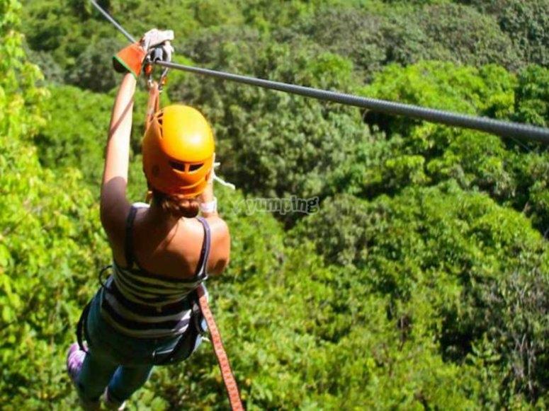 Tour de tirolesa en Ixtapa Zihuatanejo