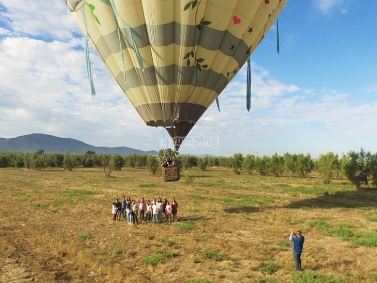 Take the experience of having flown above the sky in a balloon