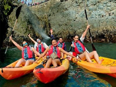 Kayak tour to La Bufadora with guide 2.5 hours