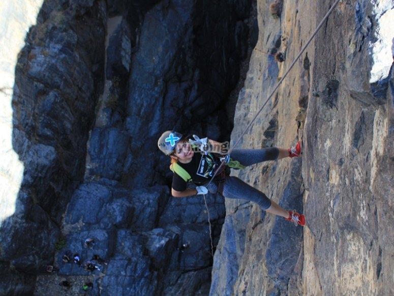 Descend from the rock walls of Ensenada