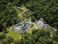 Visita la zona arqueológica