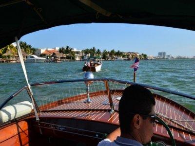 Cancun Best Fun Paseos en Barco