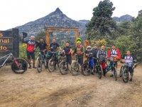 Equipo de ciclismo de montaña