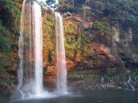 Espléndida cascada en Chiapas
