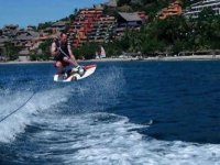 Wake in ixtapa