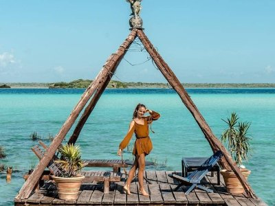 Boat ride and tour of Bacalar with food