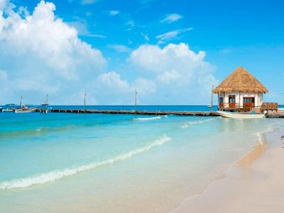 Boat trip and tour to Isla Pasión and Holbox