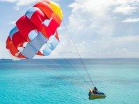 Parachute in Cancun