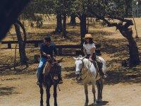 Ven con tu pareja a pasear en caballo
