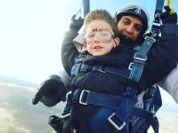 Even the little ones can have fun in a parachute jump