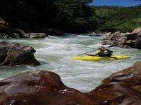 Rapidos en rio