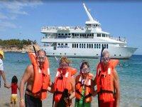 Nadar y hacer snorkel