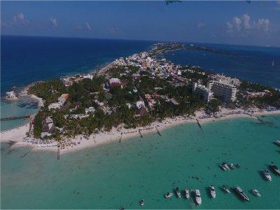 Luxury Yacht Charter Cancun