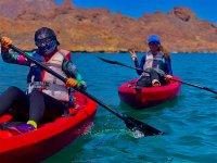 Disfruta de hacer Kayak en compañía