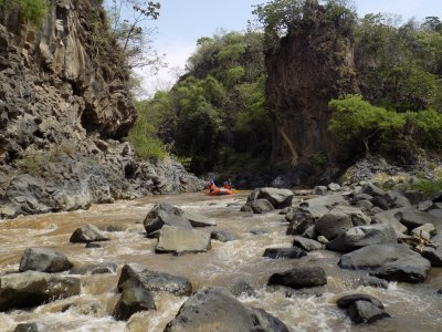 Rafting for 5 hours in Cuernavaca