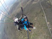 parapenteando con el instructor