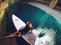 SUP in the cenote