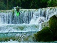 Kayak en cascada