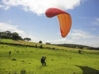 Learning to use the paraglider
