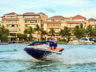 Stap Travel Tours Motos de Agua