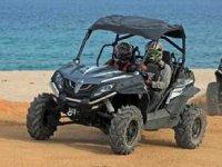 Recorre las playas de los Cabos en Razer