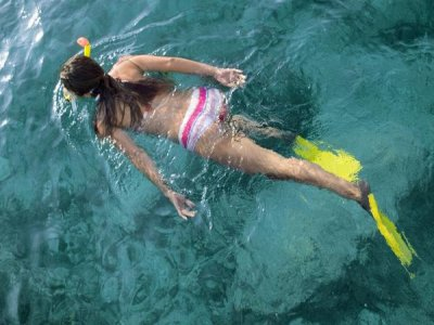 Vela Windsurf Resort Snorkel