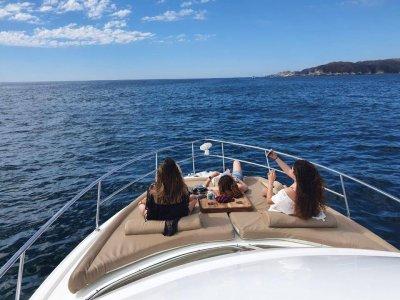 Aventura Mundo Paseos en Barco