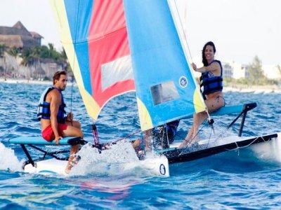 Dani Sailing