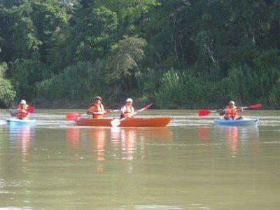 Centro Ecoturístico Las Guacamayas Kayaks