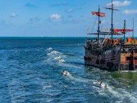 Galeon pirata en cancún