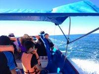 En el barco haciendo el viaje