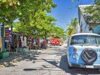 Isla Mujeres y sus típicas callecitas