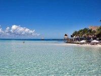 Contempla la belleza de Isla Mujeres