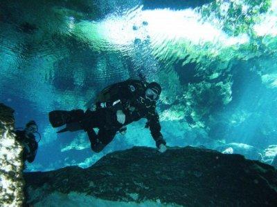 Alux Divers