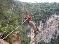 Live the experience of rappelling in the Cotorras