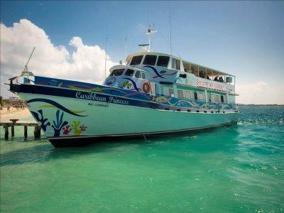 Islander Paseos en Barco