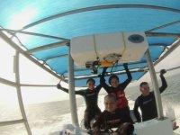 Paseo en barco por el mar