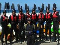 equipo de kayak
