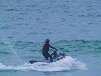 Cambiando de direccion en la moto de agua