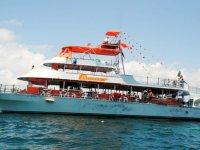 Paseos en barco con nosotros