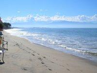 Conoce la playa en la orilla
