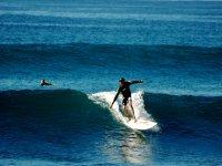 Surf y olas en Baja
