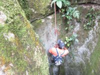 rappelling with stones
