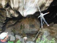 Descendiendo a las cuevas
