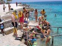 Snorkel in group