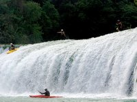 Challenge the rapids of the rivers in your kayak