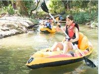 Kayaks y aventuras acuáticas en Camp San GAbriel